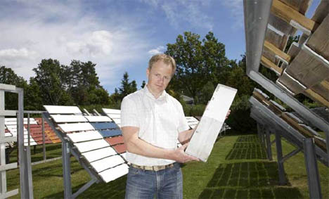 Norges største utendørs teststasjon for maløing drives av Jotun i Sandefjord. Til enhver tid testes rundt 5.000 pameler med oppstrøk av maling, beiser, dekkbeiser og oljer, forteller Morten Eliassen, som har ansvar for Jotuns teststasjoner.