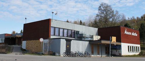 Åsen skole fra utsiden.