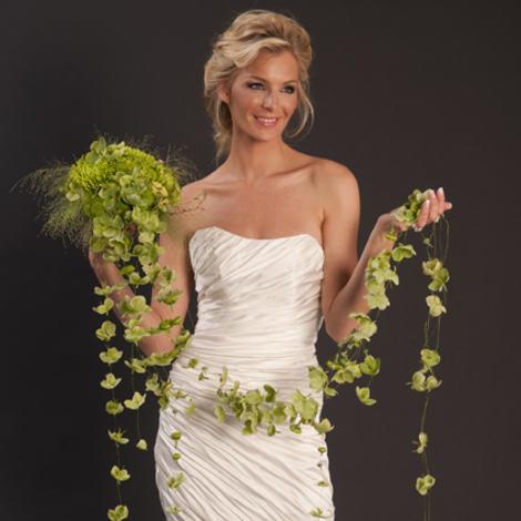 Kopi av brud 10 kjole_DSC9543 400px