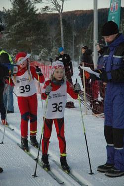 Hedda Aasbø, Surnadal, J10 og Nora Bolme Fjerstad, Rindals-Troll, J9