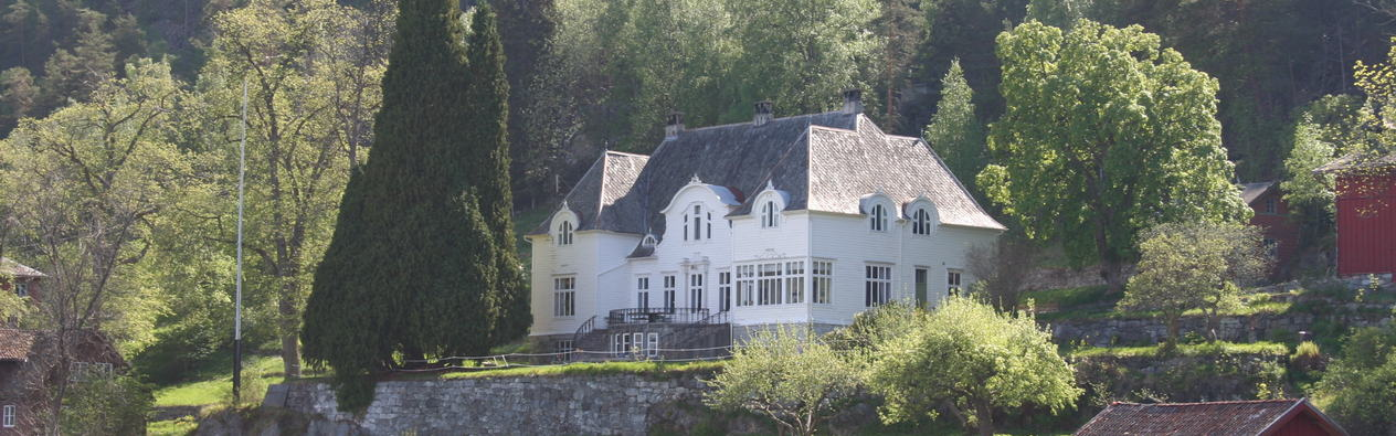 Hovudhuset på Frønningen
