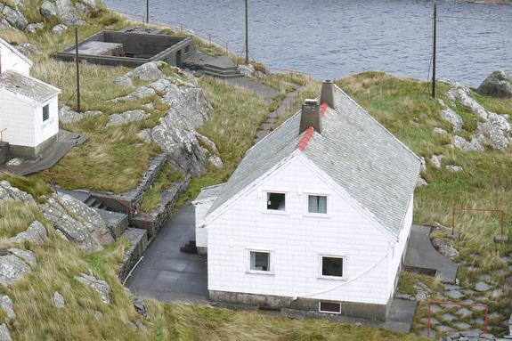 Fyrvaktarbustaden ved Hellisøy fyr