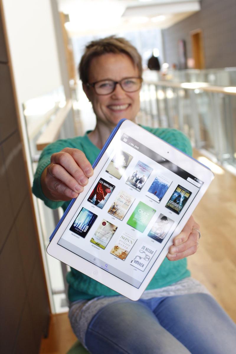 No kan du låna e-bøker på biblioteket. Foto: Siv Hatlem.