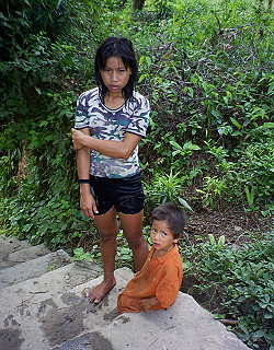 Photo  Indians In Manu National Park In Peru     Travel Explorations