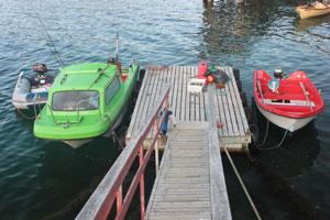 Flytebrygge-med-båter.jpg