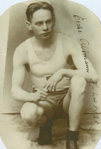 Friidrettsutøver Ernst Altmann, Hammerfest, 1935. Bilde: Stein's veterangruppe.