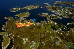 Torvhaugane bustadfelt. Foto: Lasse Tur. Illustrasjon: Fedje kommune