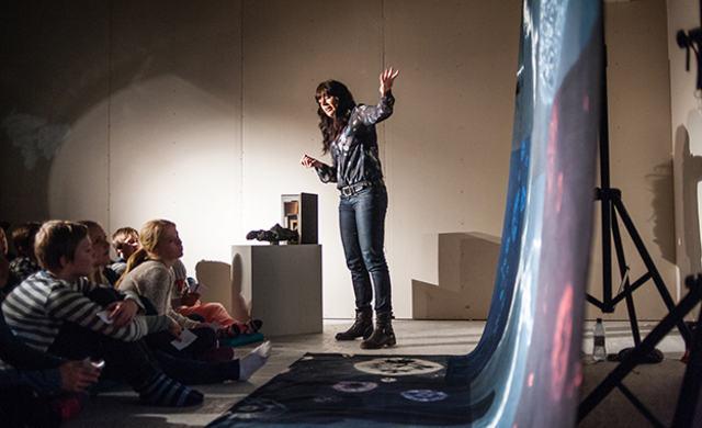 """""""Fantastiske univers"""" turnerer til skoler i Østfold"""