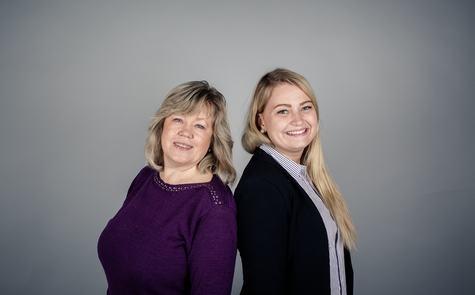 – Etablerersenteret i Business Region Bergen har stor pågang på etablererkursene for gründere, sier Sidsel Humberset (t.v.), som i løpet av våren holder 15 kurs sammen med June Kristiansen.