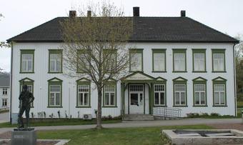 Kommunehus1Rindal2016