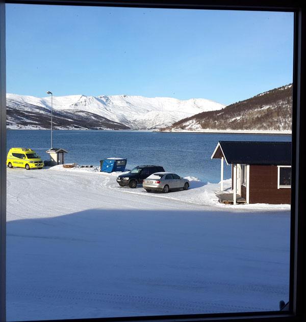 utsikt-mot-kai-og-venterom-for-båt.jpg