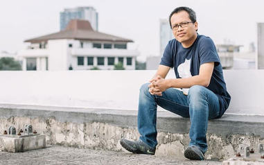 Eka Kurniawan er tildelt litteraturprisen Emerging Voices 2016 Fiction Award