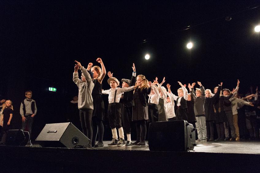 Elver på scenen