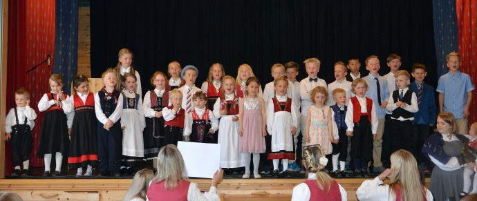 Festdag a Barn (Foto Bernt G Bøe).jpg