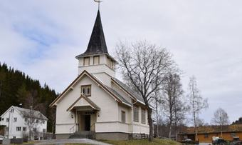Øvre Rindal kapell vår 2017[1]