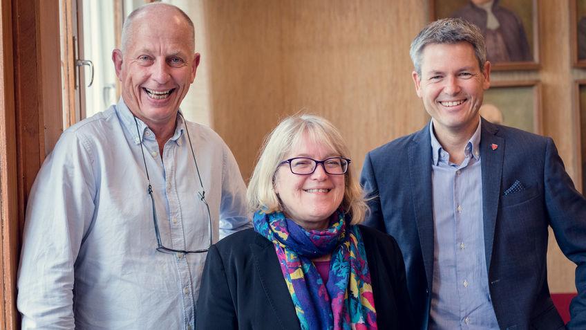 Kursleder Odd Mandal, kursdeltaker Ingvild Røe og kommunalsjef Sverre Rudjord
