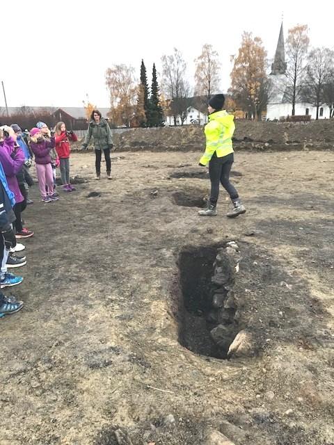 arkeologiske utgravinger på et jorde
