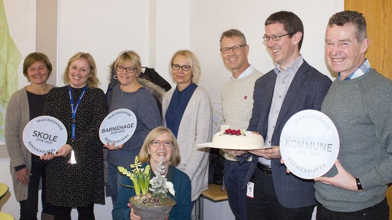 Fra venstre: Marit Nyhus, Marianne Mittet Solbraa, Britt Merete Hval, Wenche Enge, Håvard Haug, Alf Thomassen, Ingeborg Wien (foran).