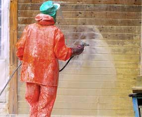 Fjerning av maling på treverk