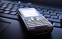 Mange forhandlere tilbyr kundene å tegne egne forsikringer på mobiltelefonen, dypfryseren eller brillene.
