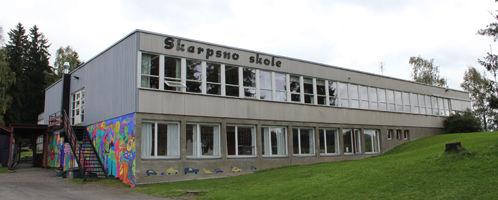 Skarpsno skole fra utsiden.