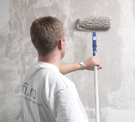 Skulle du gjerne hatt en slett fin vegg, men gruer for jobben med å helsparkel. Da kan rulle sparkel være løsningen. Dette er flytende sparkel som tykk maling.