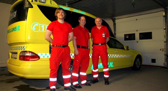 ambulansevaktamedSveinung,CatoogJon,JonaserhjemmeiSkiippagurra