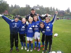 Rindals G11 2: Stian, Henrik, Sigurd, Steinar, Sondre og henrik, men fornøyd lagleder Morten bak.