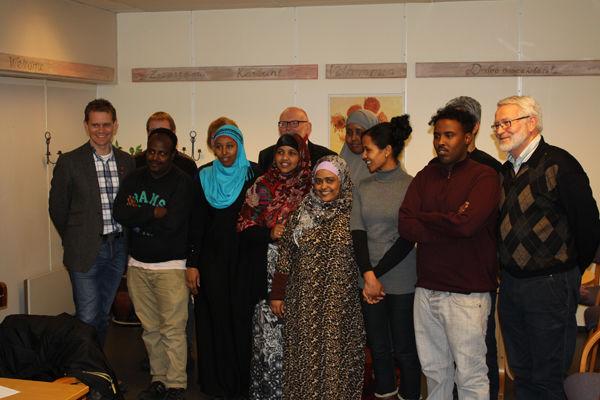 Deltakere ved boligskolen for flyktninger.