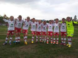 Glade gutter fra venstre: Are (1 mål), Orestas, Martin (4 mål), Jøran (keeper 1.omgang), Even, Håvard, Øyvind, Mathias, Erik og Edvard (keeper 2.omgang)