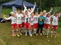 Fornøyde gutter etter seier!