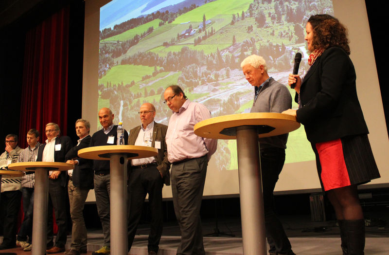 Deltakere i paneldebatten under Ringsakerseminaret.
