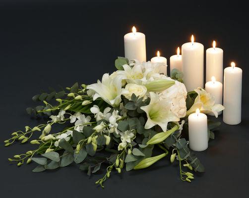 110712_blomster_båredekorasjon