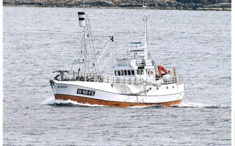Kvalskuta MS Olavson seglar gjennom Karmsundet. Foto: Einar Nilsen, 2010