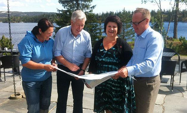 Line Kongssund, Sigbjørn Johnsen, Anita Ihle Steen og Jørn Strand.