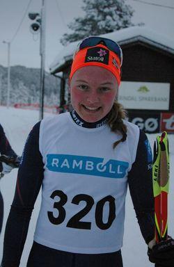 Beste dame i årets Rindalsrenn ble Julie Myhre fra Byåsen il, med seier i klasse K 19-20 på 13,33,7. Slo beste senior Berit Mogstad med 1,24.
