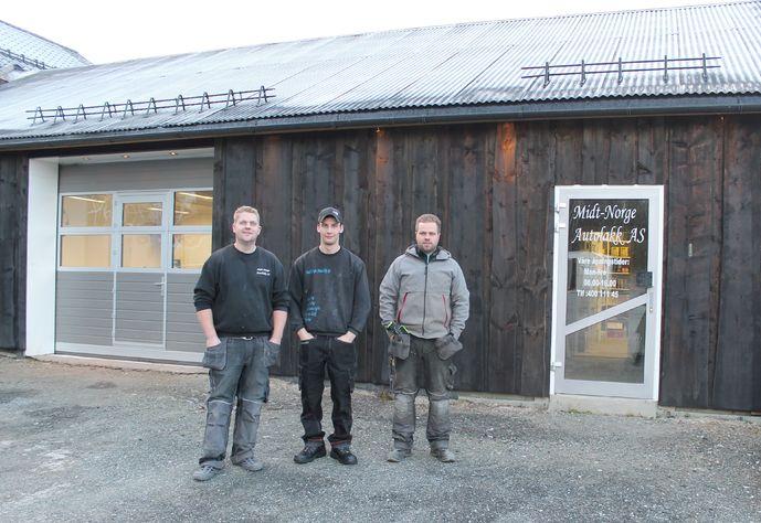 Romund Bakken, Lars Martin Kvam og Bård Bakken ute_690x474.jpg