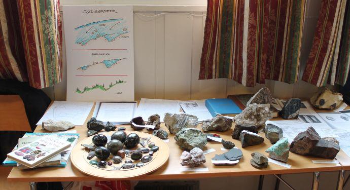 Geologistand.jpg