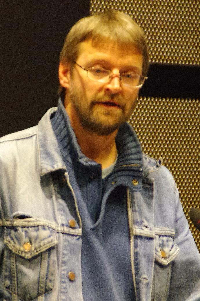Ingar Arnøy_690x1038.jpg