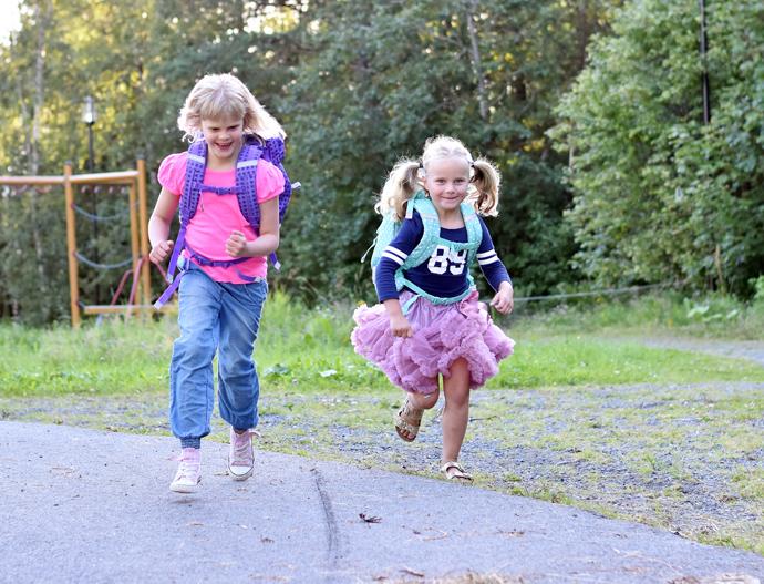 elise og vilde løper.jpg