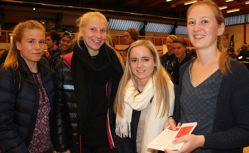 Ane Kongssund, Kristine Fjeld, Malin Lunde Lindstad og SLT-koordinator Ida Lillehovde van der Eynden