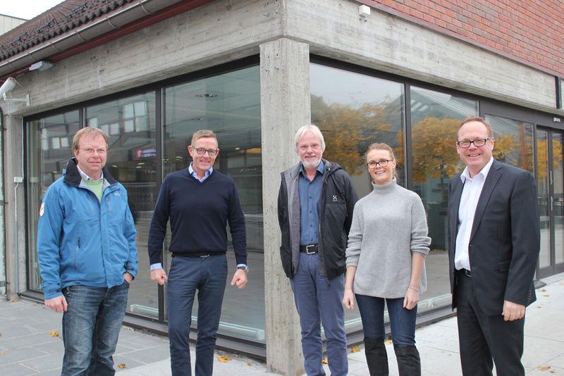 Knut Braastad, Tor Rullestad, Erik Tangen, Siv Stafsnes-Gregersen og Jørn Strand