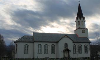 Rindal kirke 1 2015