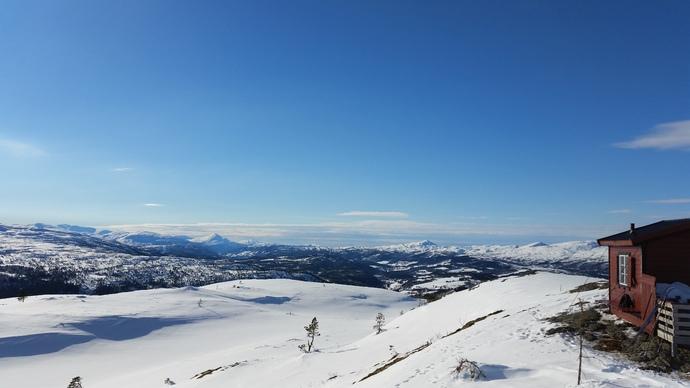 Honstadknyken, Skåkleiva, hytta på Garbergsfjellet 2016-03-10 14.21.05_690x388.jpg