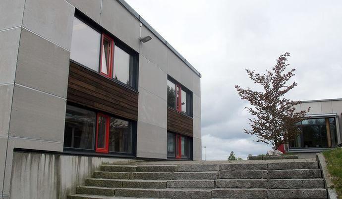 surnadal vidaregåande skole fasade 2016_690x403