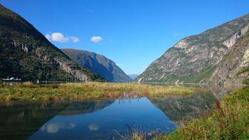 Lærdalsfjorden frå Hedler