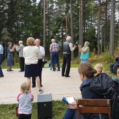 Friluftsmuseet_Leikarringen_Noreg_Dansegulv_20170903_131545_001
