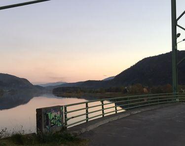 Utsiktspunkt fra gamle Øybrua i Vefsnaparken