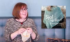 Sjal og skjerf av Bitta Mikkelborg