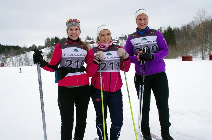 IMGP2918 Christina Aasan, Maria Furuhaug og Mia Ulfsnes.JPG